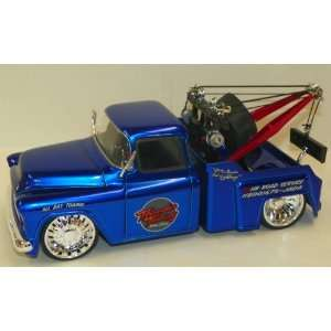 Toys 1/24 Scale Diecast Big Time Kustoms 1955 Chevy Stepside Tow Truck