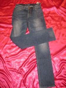 ~BOOTHEEL JEANS BY SHERYL CROW~KENNETT STRAIGHT MEDIUM WASH~SZ 26 / 2