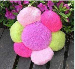 Plush Pet Dog Flower Bed Cushion Mat Sofa Warm Cute
