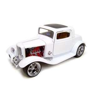1932 FORD 3 WINDOW COUPE CUSTOM 118 DIECAST MODEL