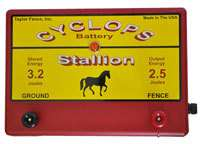 CYCLOPS STALLION BATTERY POWERED 2.5 JOULE ELECTRIC FENCE CHARGER