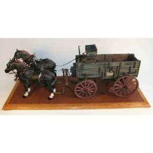 John Deere Detailed Wooden Wagon Toys & Games
