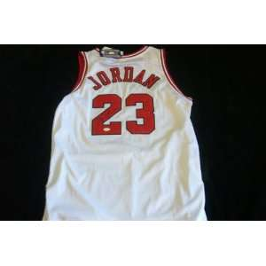 Bulls Michael Jordan Signed Authentic Jersey Hof Jsa